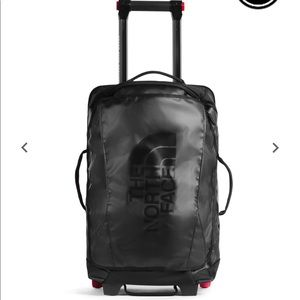 New The North Face travel bag
